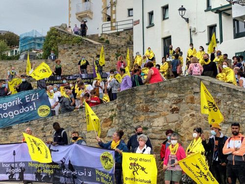 Manifestación Ongi Etorri Errefugiatuak